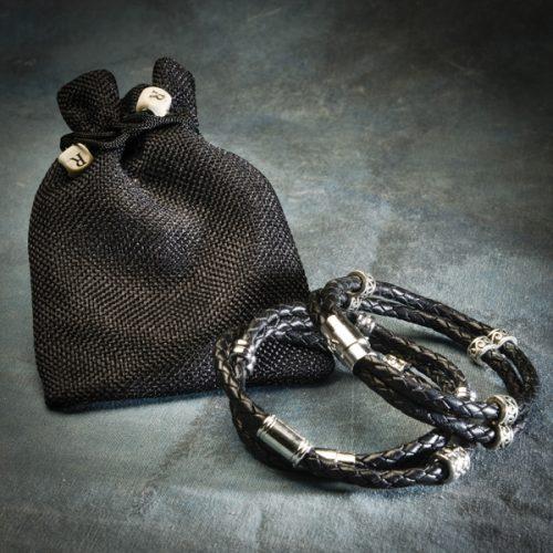 Vinaband svart armband frá Reiðu Öndinni