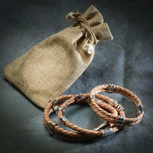 Vinaband ljósbrúnt armband frá Reiðu Öndinni