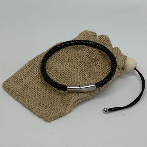 Armband svart frá Reiðu Öndinni